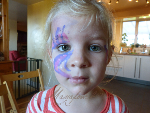 facepainting on 5yr old